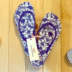 Vineyard Vines Otomi Printed Flip Flop- Yacht blue